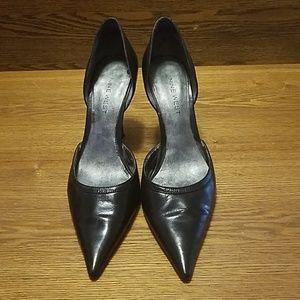 Black Nine West 7.5 heels